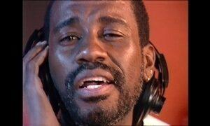Morre vocalista do 'Fundo de Quintal', Mário Sérgio, aos 57 anos