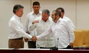 Governo da Colômbia e as Farc anunciam que chegaram a um acordo