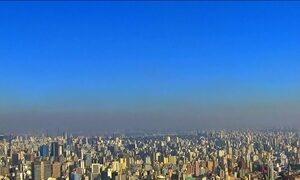 Falta de chuva e baixa umidade dificulta dispersão da poluição em São Paulo