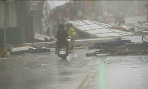 Tufão atinge Taiwan e mata duas pessoas