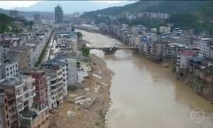Tufão deixa nove mortos e 18 desaparecidos na China