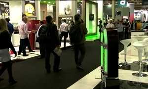 Mercado de eletroeletrônicos aposta nas novidades para atrair clientes