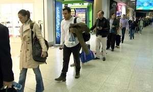 Aeroportos registram filas no segundo dia das novas regras de segurança
