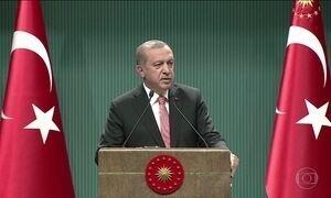 Turquia amanhece sob estado de emergência