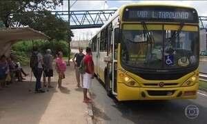 Troca de tiros em ônibus deixa um morto e cinco feridos na Bahia
