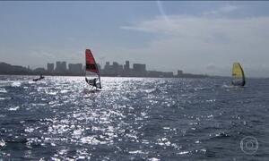 Atletas da vela se preparam para competir na Baía de Guanabara