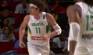 Anderson Varejão tem lesão constatada e está fora da Olimpíada