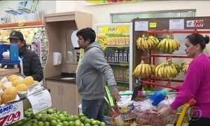 Argentinos movimentam comércio em Foz do Iguaçu, no Paraná