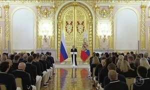Vladimir Putin se encontra com parte da delegação da Rússia que vem aos Jogos do Rio