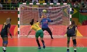 Seleção feminina de handebol perde para a Espanha