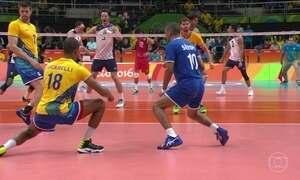 Brasil perde no vôlei masculino para os EUA