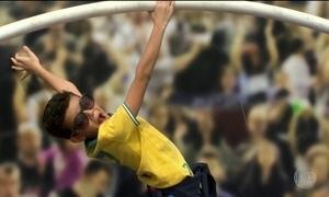 Arenas olímpicas viram colônias de férias para a garotada