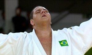 Rafael Baby leva medalha de bronze no judô