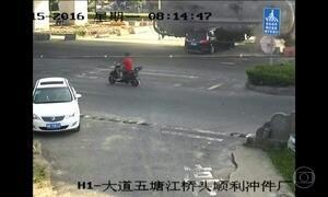 Duas pessoas sobrevivem a acidente incrível na China, veja as imagens