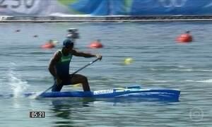Isaquias luta por mais uma medalha para o Brasil