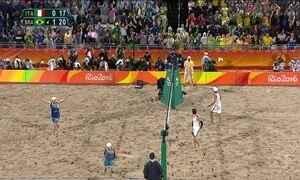 Brasil é ouro no vôlei de paia masculino