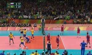 Brasil vence a Rússia e está na final masculina do vôlei