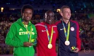 Queniano vence maratona masculina na Olimpíada do Rio