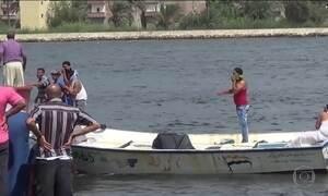 Naufrágio de barco com imigrantes tem 148 mortos