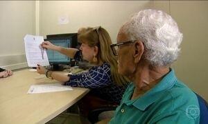 Muitas pessoas desconhecem prioridade no atendimento da pessoa com mais de 60 anos