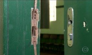 Escolas são alvo da ação de ladrões e vândalos em várias partes do país