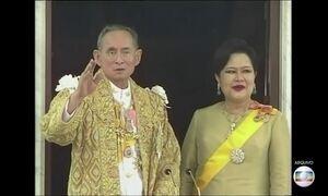 Bhumibol Adulyadej, rei da Tailândia, morre aos 89 anos