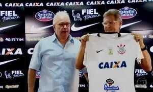 Técnico Oswaldo de Oliveira assume o Corinthians