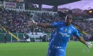 Palmeiras abre vantagem no Brasileirão