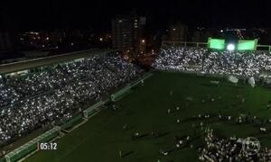 Mais uma noite cheia de homenagens emociona Chapecó-SC