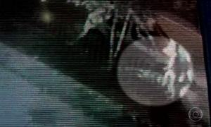 Mulher morre após ser atropelada e arrastada por carro no Rio Grande do Sul