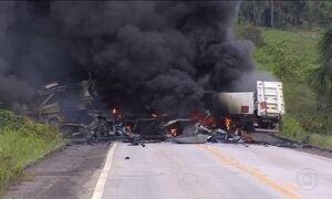 Explosões de caminhões deixam dois mortos em Rondônia