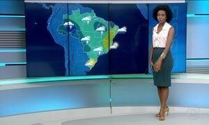 Rio de Janeiro segue com chuva no feriado
