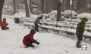 EUA enfrentam a chegada de forte nevasca
