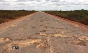 Falta de asfalto dificulta escoamento da safra na BA