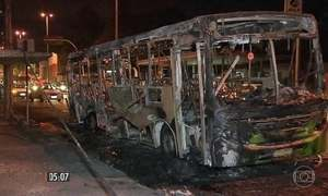 Bandidos voltam a atacar ônibus que circulam em MG
