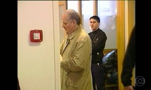 Carlos, 'o Chacal', volta a ser julgado na França
