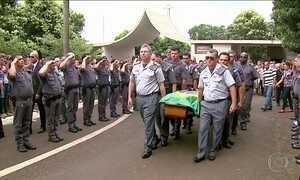 Quadrilha assalta carro-forte e mata PM no interior de SP