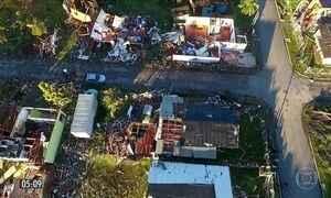 Doações chegam a moradores de cidade atingida por tornado no RS