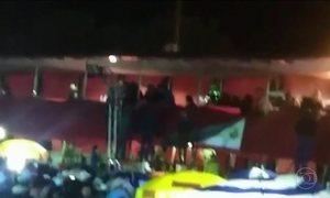 Camarote vem abaixo durante show e deixa 30 feridos em São Paulo