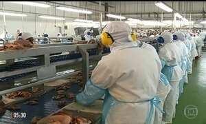 Empresário envolvido na Operação Carne Fraca se entrega à PF no PR