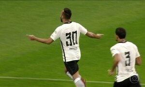 Fluminense vence Botafogo pela Taça Rio e Corinthians empata no Paulistão