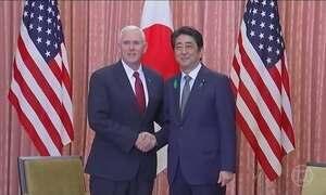 Mike Pence busca solução pacífica em Tóquio para ameaça nuclear da Coreia do Norte
