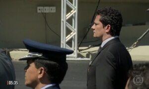 Sérgio Moro recebe a medalha da Ordem do Mérito Militar em Brasília