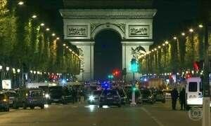 Polícia francesa prende três familiares do homem que matou um policial e feriu outros dois