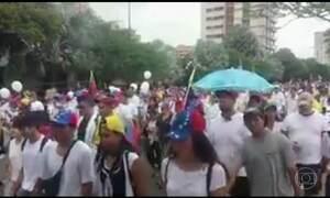 Marcha do Silêncio homenageia os mortos em protestos na Venezuela