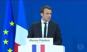 Emannuel Macron e Marine Le Pen estão correndo para ampliar alianças até o 2º turno