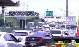Volta do feriadão movimenta principais rodovias do país