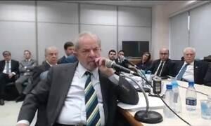 Lula nega conhecimento de irregularidades na Petrobras