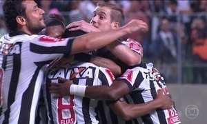 Atlético-MG vence na Libertadores