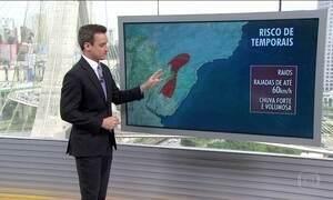 Meteorologistas alertam para temporais no Sul